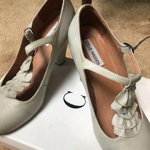 Ladies Steve Madden heels